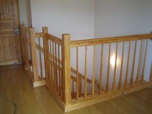 階段手すり子