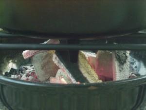 炭火とダッチオーブン